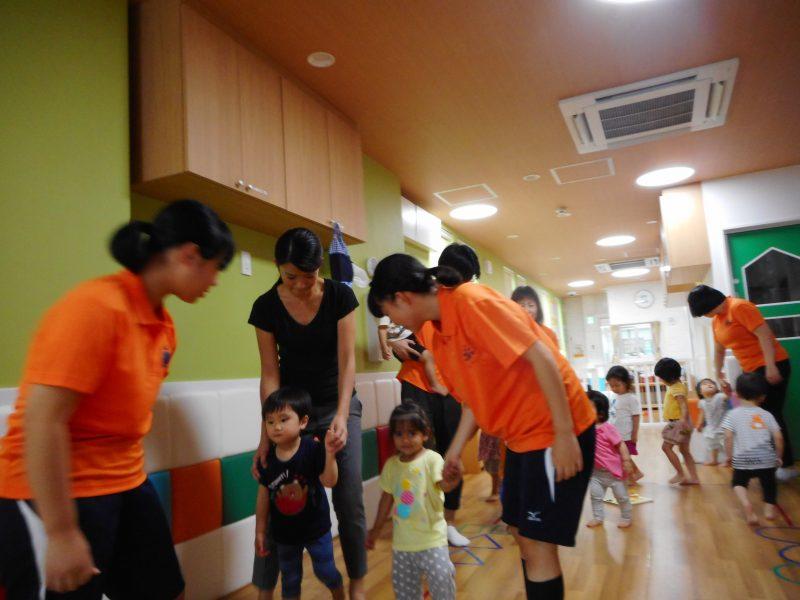 7月11日(水)と7月12日(木)に中学生のお姉さんが職場体験で遊びに来てくれました